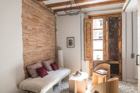 REFORM OF A FLAT IN LA CERA STREET, BARCELONA